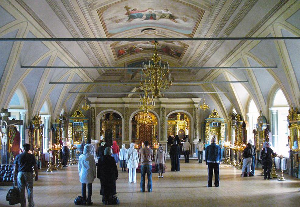 Новодевичий монастырь фото со службы